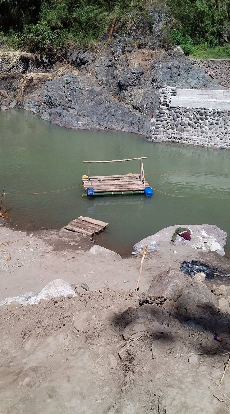 2016 Typhoon Lawin Aftermath: Sabangan Bamboo Raft for River Crossing